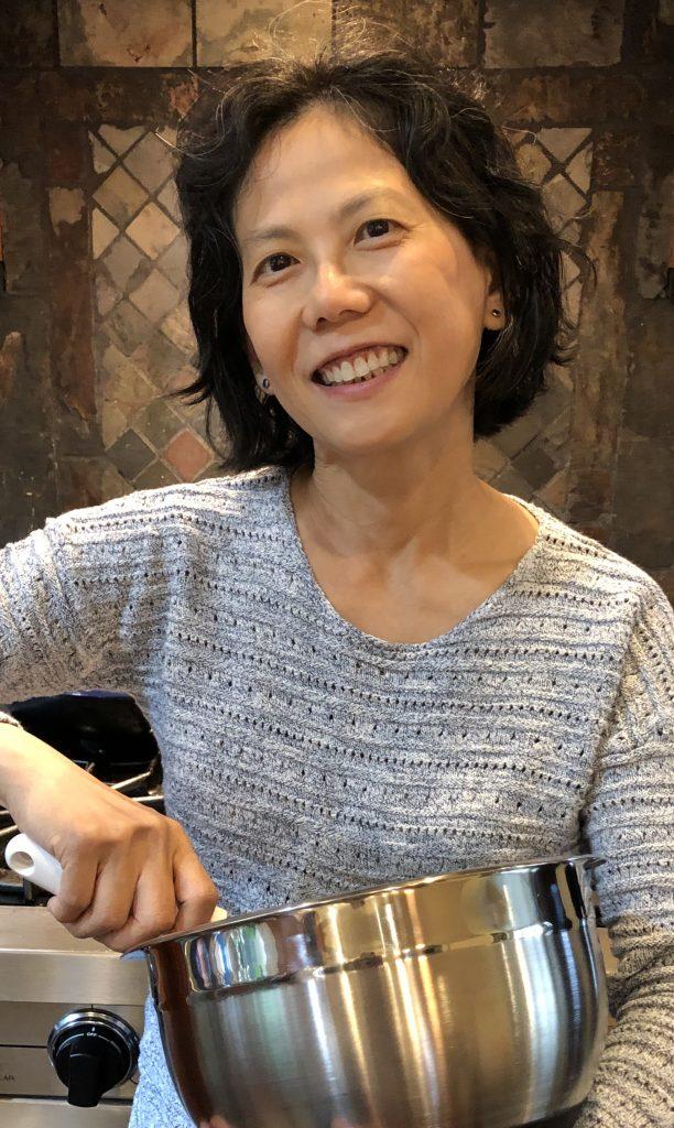 Lily LaMotte author photo
